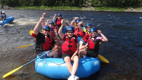 Riverfront Chalets & Rafting Newfoundland: Way to go team!
