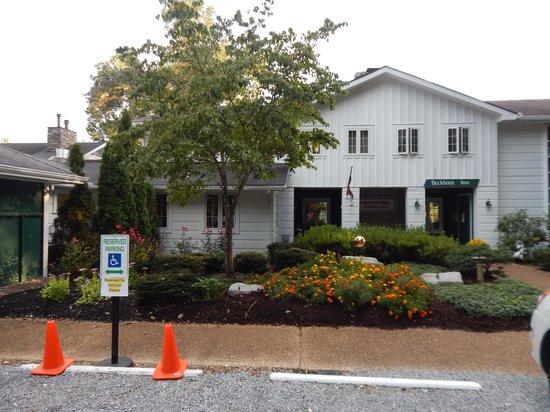 Buckhorn Inn: front of inn