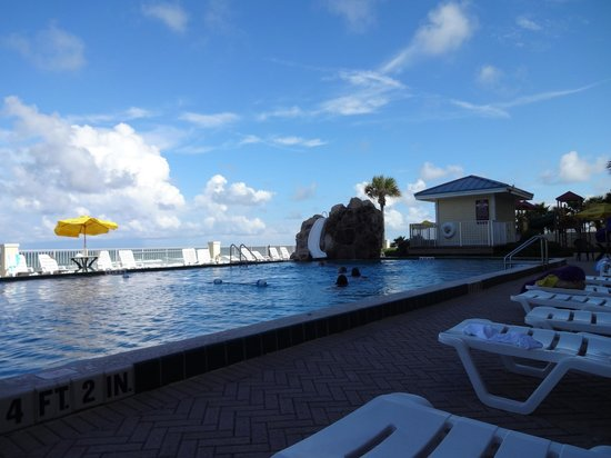 Grand Seas Resort: View from the North side pool