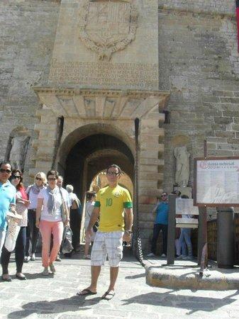 Iglesia de Sant Rafel: Entrado do castelo para subi a igraja
