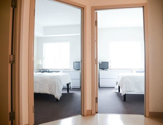 Residence & Conference Centres - Niagara on the Lake: 2 Bedroom Suite Private
