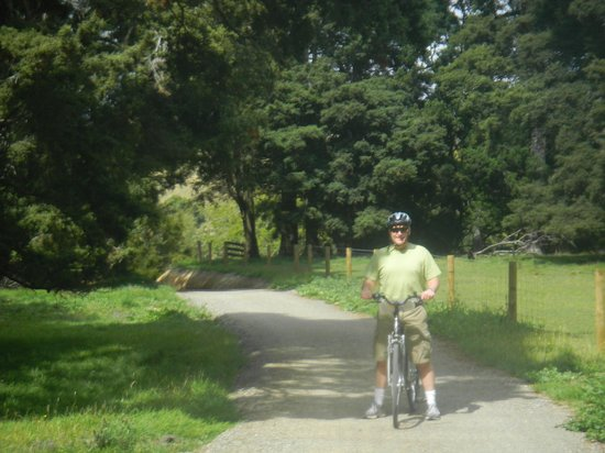 The Gentle Cycling Company: wine country tour