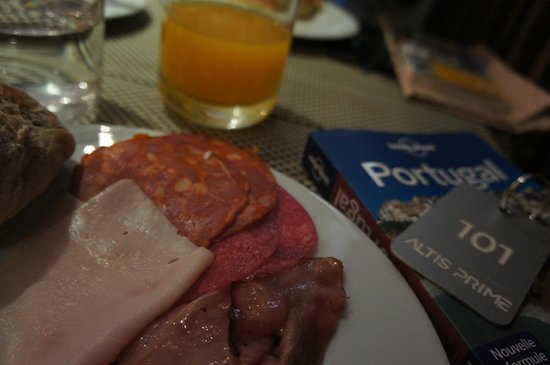 Altis Prime: breakfast