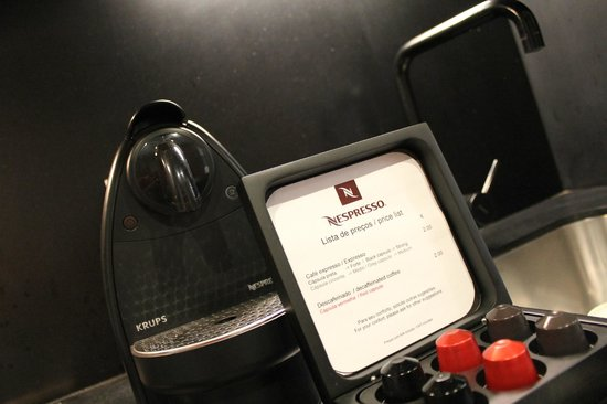 Altis Prime: in room Nespresso, but do bring your capsules