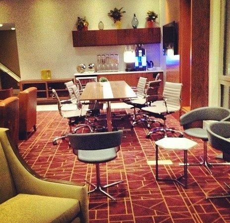 Club Quarters Hotel, Grand Central : Club living room