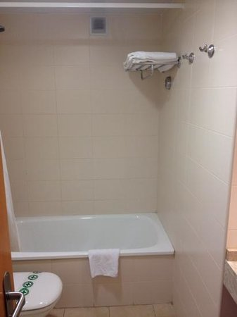 Les Dalies Apartmentos : ванная