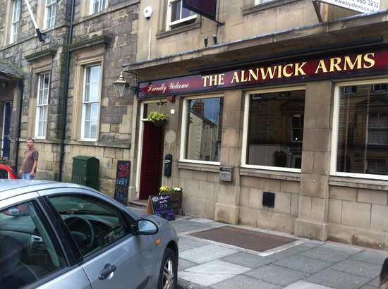 The Alnwick Arms: pub