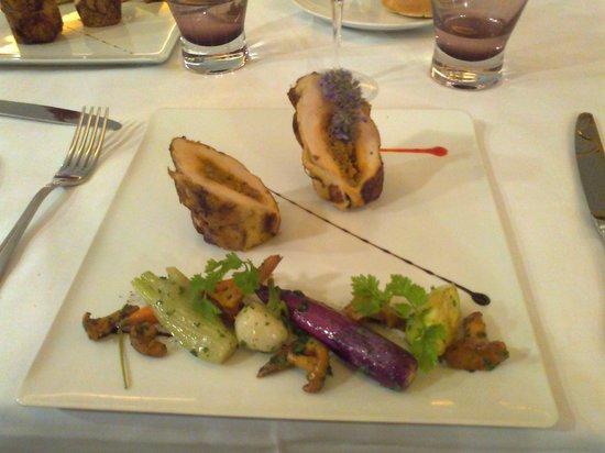 Le Bistro des Capucins: fIlets de poulet farcis au calamar
