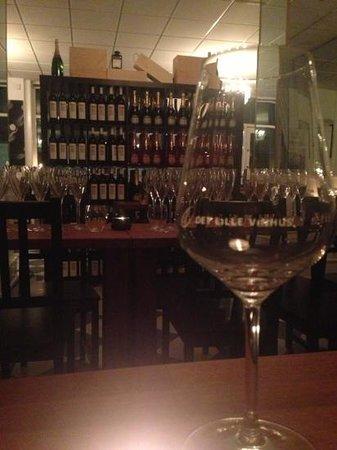 Det Lille Vinhus: vin