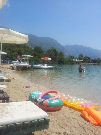 Dorian Hotel: blue lagoon