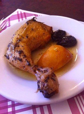 Menjars Can Pep: pollo rustido con manzana y ciruelas