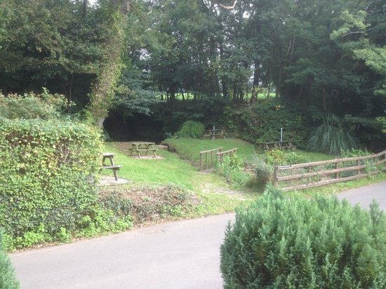 The Hunters Moon Inn: beer garden
