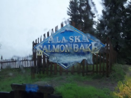 ‪The Alaska Salmon Bake at Pioneer Park‬