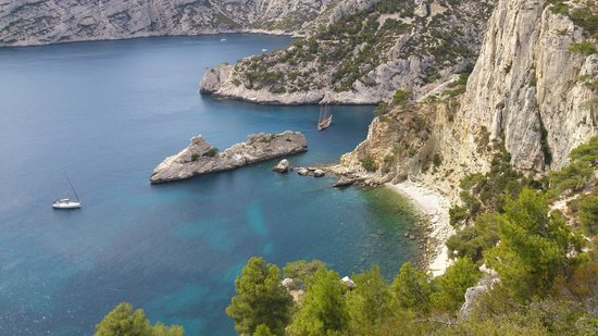 Calanque du Sugiton taken from path to Candela rock