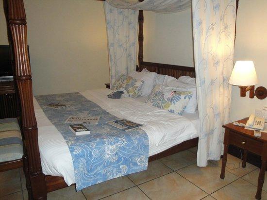 Baobab Beach Resort & Spa : notre grand lit