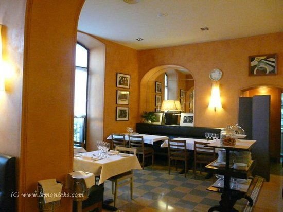 Hotel Bremon: Dining area