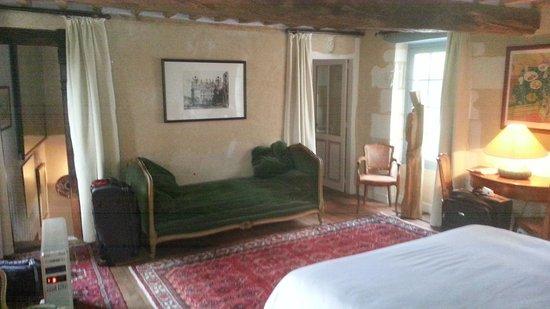 Les Douves d'Onzain: View of main room