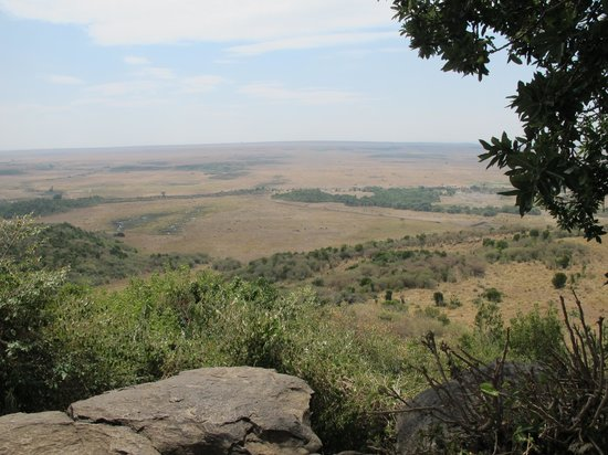 Mara Serena Safari Lodge: View from the lookout on the path just past room 78