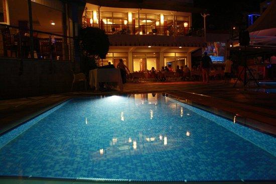 Grand Okan: baby pool