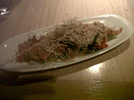 Lah!: Fideos de arroz al wok (Sriracha)