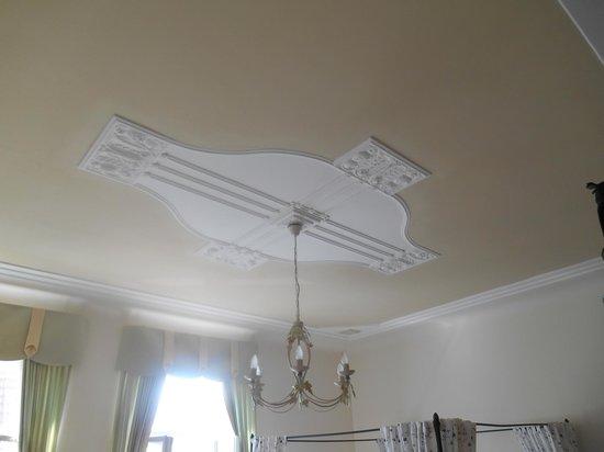 Appartement-Villa Ulenburg: Bedroom ceiling