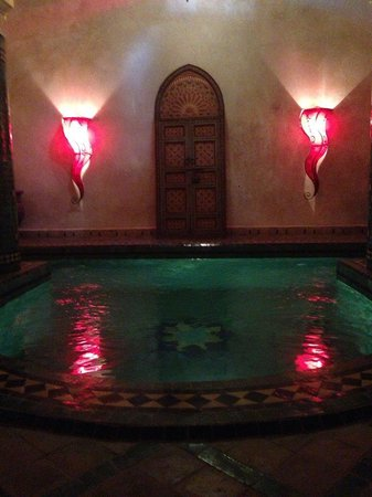 Riad Tahar : pequena piscina para disfrutar de dia o de noche