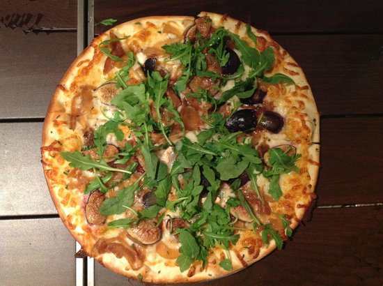 Olive Market Place & Cafe : Olive Marketplace and Cafe - Fig & Brie Pizza