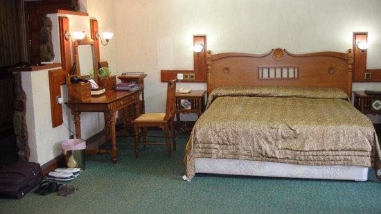 The Mill Hotel: Номер с прекрасной мягкой кроватью)