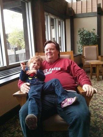 Salt Fork Lodge and Conference Center: Rocking chairs