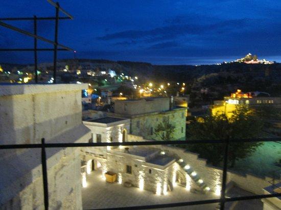 Doors Of Cappadocia Hotel : hotel by night