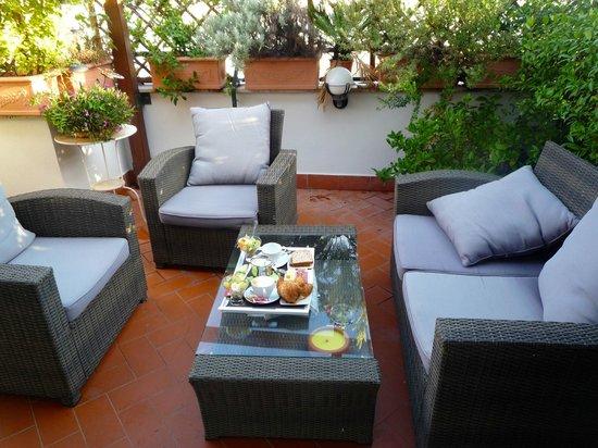 Althea Inn Roof Terrace : Patio