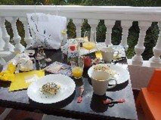Hotel Pueblo - Boutique Hotel: desayuno super completo