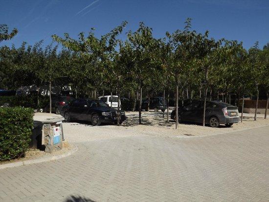 Ribamar Camping y Bungalows: Zona de Parking