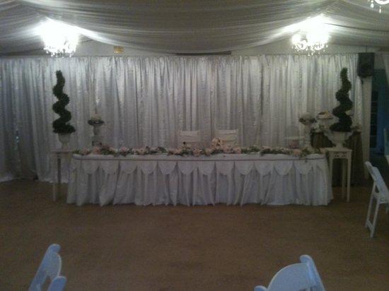 Mango Hill Farm: the reception hall