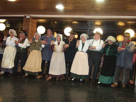 Hotel Gergovia: soirée auvergnate ,ambiance super ...