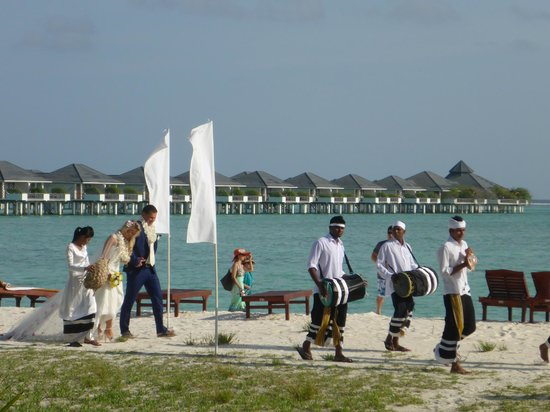 Sun Island Resort and Spa: wedding ceremony