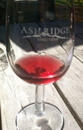 Grape Escape Wine Tours: Ash Ridge wine