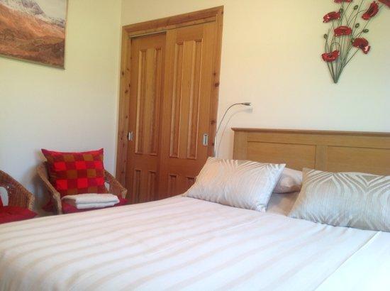 Caorunn House: A bedroom at caorunn