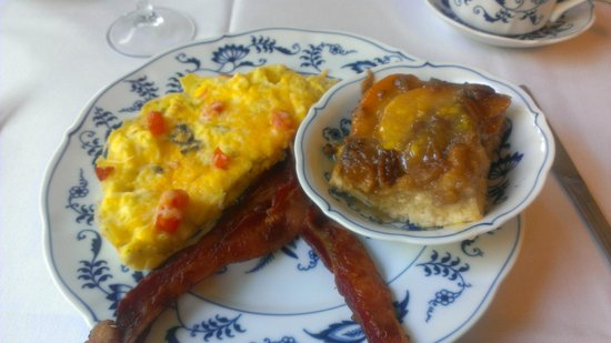 Chantilly Lace Country Inn: breakfast!
