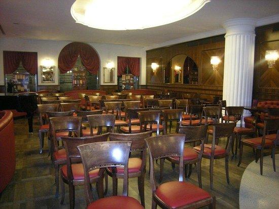 Interno2 picture of caffe degli specchi trieste - Caffe degli specchi ...