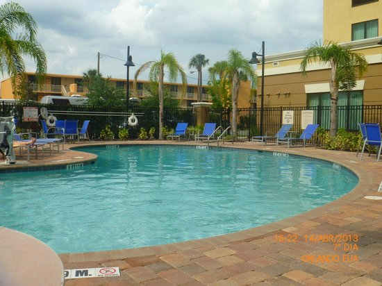 Holiday Inn Express Hotel & Suites Orlando - International Drive: piscina