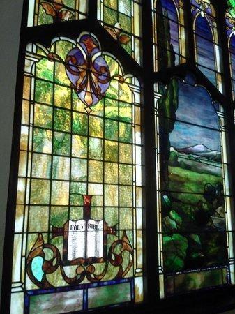 Capilla Nuestra Senora de Lourdes - Historic Monument: Stained glass detail