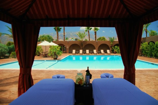 Borrego Springs Resort & Spa: Private Cabana at Spa Serenity Pool