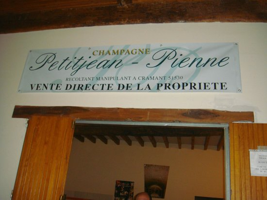 Champagne Petitjean-Pienne : cave(champagne production area)