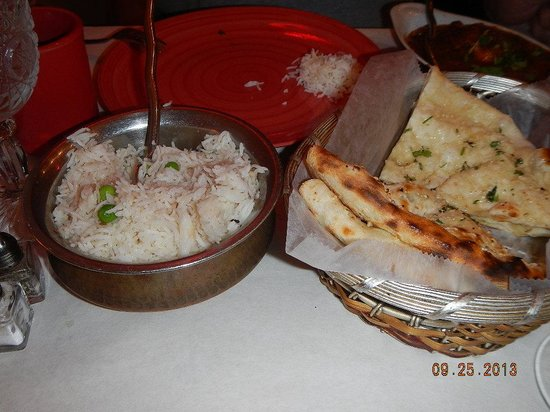 Spice Root : rice and garlic naan