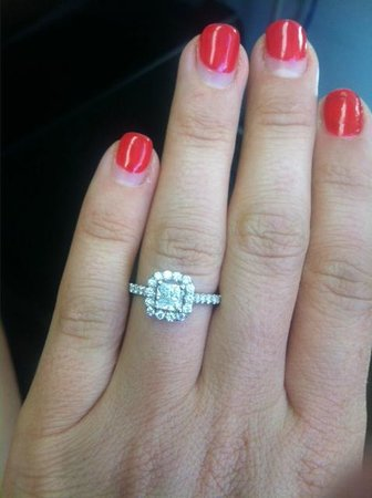 Jewel House : My Beautiful Engagement Ring