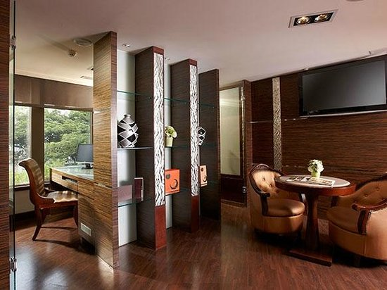 Taichung Charming City Hotel: Other Hotel Services/Amenities