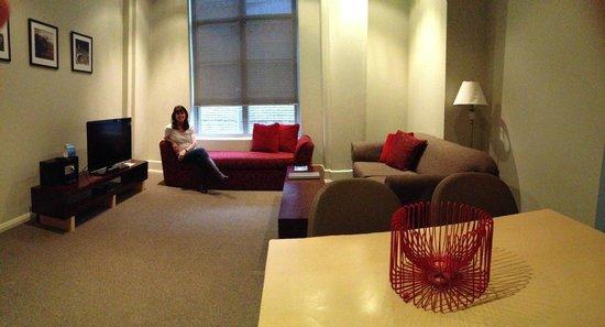 Mantra One Sandy Bay Road: living room