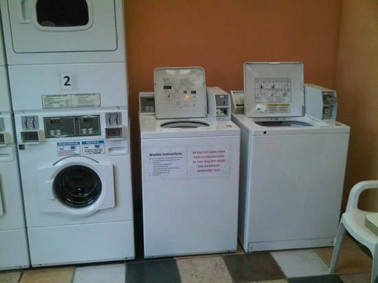 Kiwanis Oceanfront Camping: Nice Laundry & very Clean