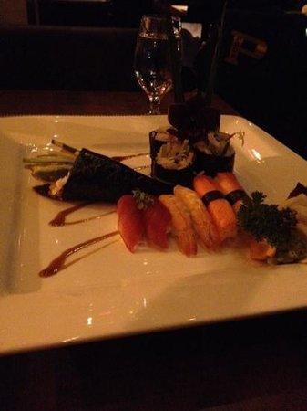 Maiko Sushi : sushi dish